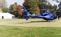 helicopter-landing-by-southern-marquee-hire-4